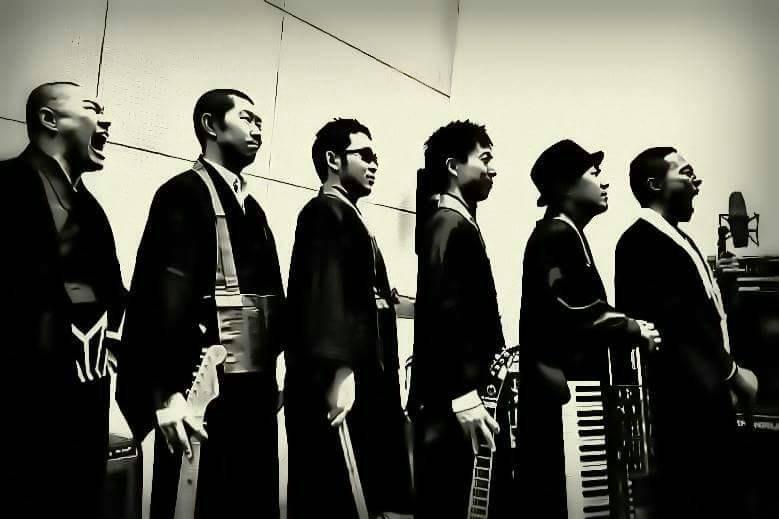 バンドメンバーがほぼ全員僧侶という異色のバンドBo'z。B'zのコピーバンドとしての活動を行うことと同時に、様々なお寺やライブハウスでの活動も展開中。