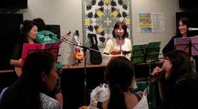【Ka Lehua】 カレフア(花)ハワイ島で有名な花。2008年茅ヶ崎で結成された女性三人、ハワイアンバンド♪ Yuka (ギター&ウクレレ) メロディー担当 Tom (ギター) ソプラノ担当 Mi- (ギタ […]